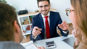 Why Working With A Mortgage Broker Is Better For Business